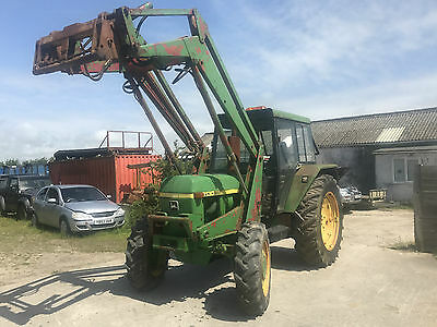 John Deere 3130 4wd tractor with high lift power loader