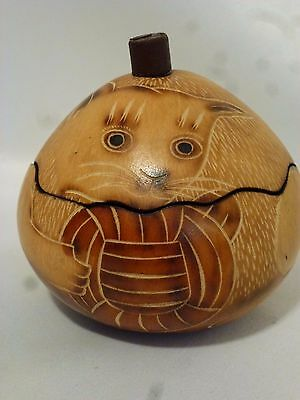Peruvian Gourd Art Cat Trinket Box by Lucuma Designs