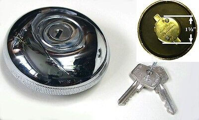Classic Car Chrome Plated Locking Petrol / Fuel Cap with Keys. AKF1439