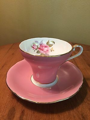 Aynsley Corset Teacup And Saucer Pink With Gold Details And Roses