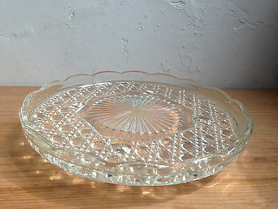 NICE VINTAGE PRESSED GLASS CAKE STAND Ideal parties/cakes/fancies etc; 21 cm