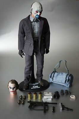 HOT TOYS 1/6 DC THE DARK KNIGHT MMS79 THE JOKER BANK ROBBER - Loose/Mint -New!