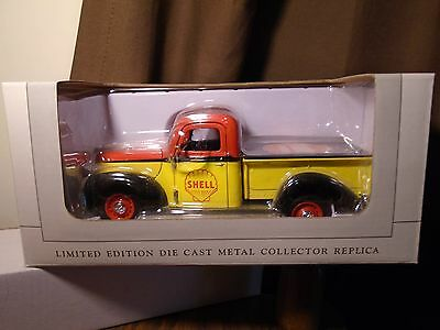 Shell Motor Oil 1940 Ford Pick UpTruck Spec Cast Diecast Collectible Metal Bank