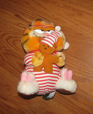 "1981 Dakin Christmas Garfield in Pajamas with Pooky 9"" plush toy"