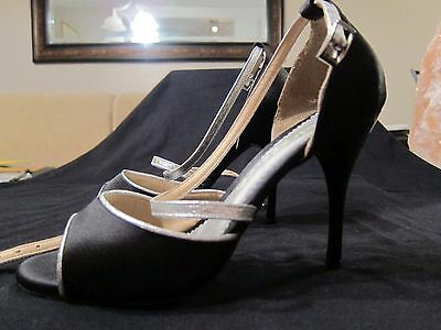Madreselva Argentine tango shoes - size 3 black with Silver