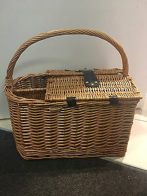 Wooden Picnic Basket With Wine Holder And Utensils Set