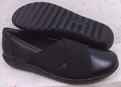 Clarks Collection Womens Medora Jem Black Leather Flats Shoes 21855 size 5 M