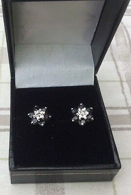 9ct White gold diamond and sapphire, flower Stud earrings
