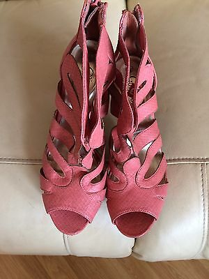 Ladies Peach Cage High Heel Shoes (New Look) size 6