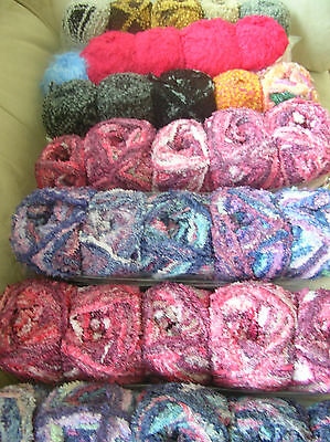 Knitting yarn Fancyassorted colours 35 balls New & Banded