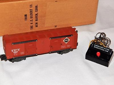 American Flyer 25042 Erie Action Operating Boxcar with button very clean S gauge