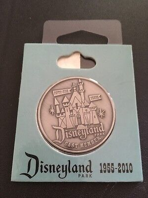 DISNEYLAND 1955 - 2010  55th YEAR ANNIVERSARY COIN CAST MEMBER EXCLUSIVE NIP