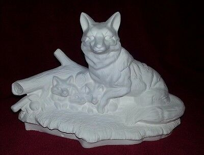 Ceramic bisque Fox with cubs approx. 220mm wide. Ready to paint or glaze.