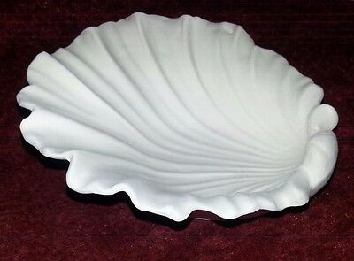 "Ceramic Bisque shell dish 5""/130mm approx. To glaze or paint"
