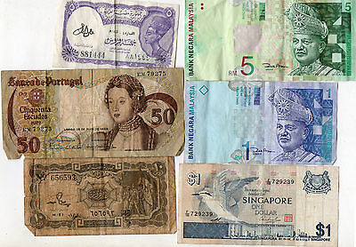 COLLECTION of 22 OLD BANKNOTES