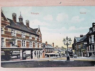 Vintage Postcard. The Triangle, Yeovil. Coronation Hotel & Vaults 1906