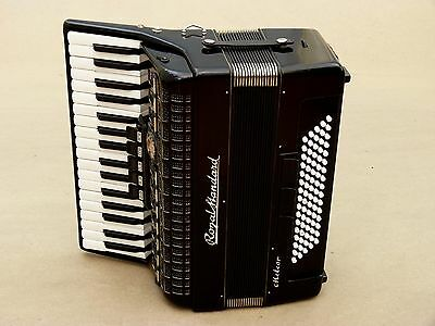 Very Nice German Accordion Royal Standard Meteor 80 bass