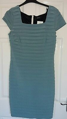 ladies size 16 dress new with tag