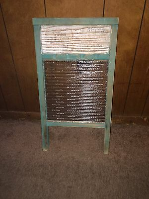 Vintage Wash Board National Washboard Co The glass King 860 Green