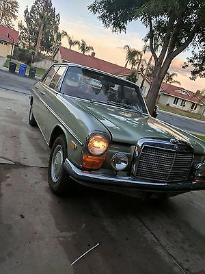 1969 Mercedes-Benz 230 230  MANUAL FOUR SPEED 1969 Green Mercedes 230 Six Cylinder StrichAcht W114  Manual 4 speed Current Tag
