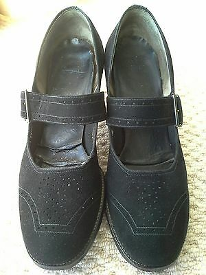 Gorgeous and unnusual 40s black faux suede mary jane shoes size 6.5 - 7.