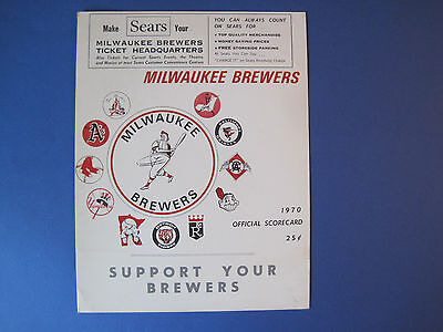 Vtg 1970 Milwaukee Brewers scorecard - inaugural season - very good condition