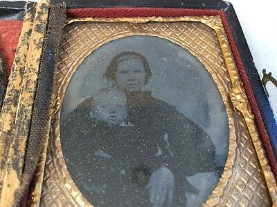daquerrotype antique photo in case of mother and child