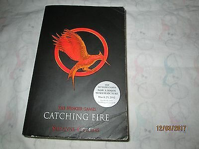 Catching Fire (the Hunger Games, Book 2) by Suzanne Collins (Paperback /...