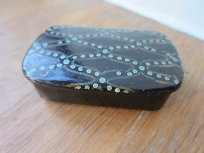 Antique Paper Mache Painted Top Snuff Box