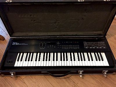 Roland D10 Keyboard - Vintage Late 80's Polyphonic Digital Synthesiser