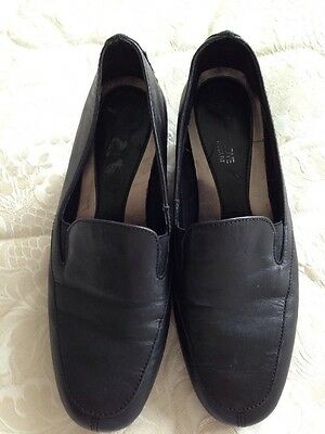 Footglove Black Slip On Shoes Size 3.5