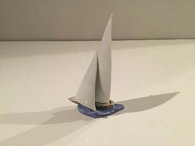 Herend Sailboat Ship Riding on Ocean Wave Chocolate Fishnet Figurine 6871