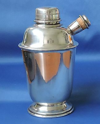 ** Art Deco ** Silverplate Cocktail Shaker - 18Cm Tall - Great Condition