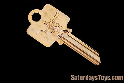 1955 Vintage Disneyland Opening Day GOLD KEY Yale Lock Shop Main Street Disney