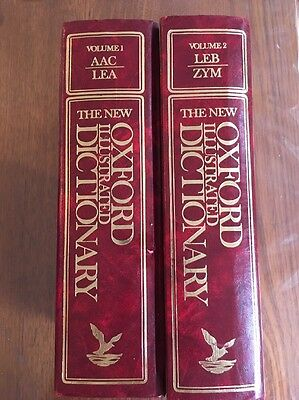 THE NEW OXFORD ILLUSTRATED DICTIONARY VOLS 1 & 2. HARD COVER. 1982. Pick Up 3101