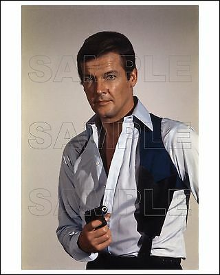 LIVE AND LET DIE 8X10 Photo 03 ROGER MOORE James Bond 007