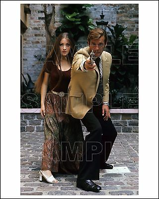 LIVE AND LET DIE 8X10 Photo 11 ROGER MOORE & JANE SEYMOUR James Bond 007