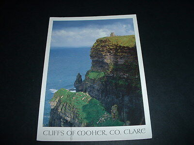 IRELAND . POSTCARD CLIFFS OF MOHER Co CLARE