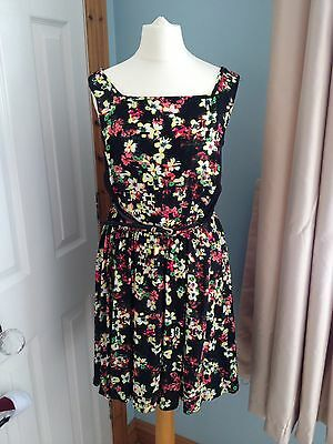 Ladies Summer Ditsy Floral Dress Belted Size 8 Vgc George