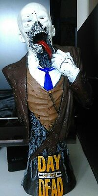 Day of The Dead Dr. Tongue zombie bust/ statue. George A. Romero. Rare.