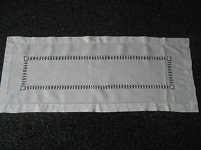 Beautiful Vintage Linen Drawn Thread Work Table Runner