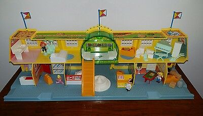 Vintage Shopping Centre Toy, Bluebird toys, Oh Penny,