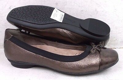NEW Clarks Womens Candra Glow Bronze Leather 01654 Flats Shoes size mm 6 M*