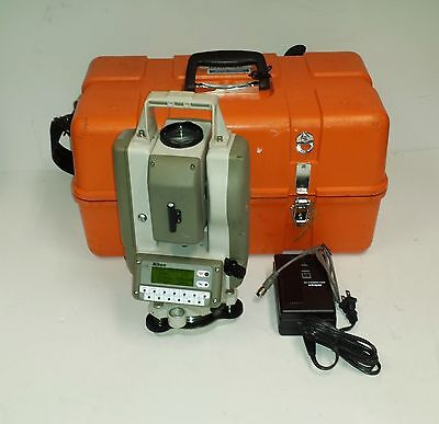 NIKON DTM-420 Total Survey Station Surveying w/ Case, Battery & Charger!