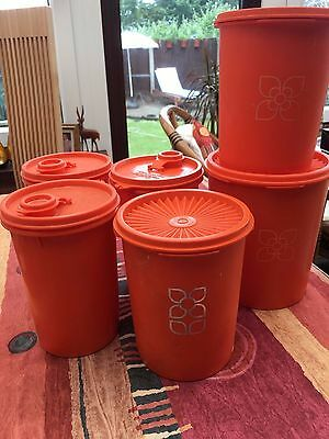 Vintage Tuppaware containers x 6. Lot Tup2