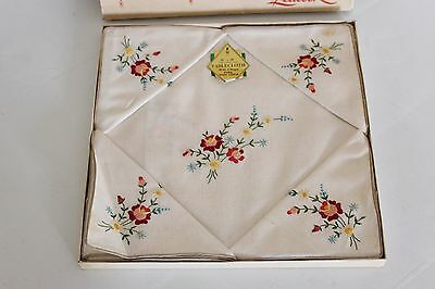 LEACOCK Vintage Irish Linen Embroidered Tablecloth and Napkins set