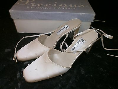 Diane Hassall Precious Wedding Occasion Shoes, Satin Ivory, Size 3.5, Unused