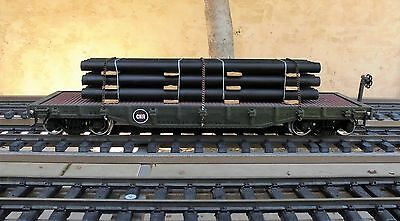 ARISTO-CRAFT  CANADIAN NATIONAL  40' FLAT CAR  w/ PIPE LOAD  (METAL WHEELS)