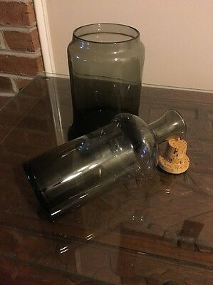 Italian Glass Wine Carafe Ice Chill Server Pour Spout Cork Brown Decanter
