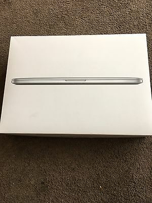 "Apple MacBook Pro with Retina display 13.3"" Laptop - MF843B/A (May,2015, Silver)"